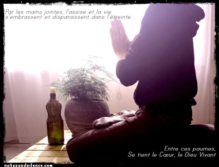 Mains Jointes Méditation